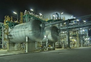 Alkaline sweetening gas